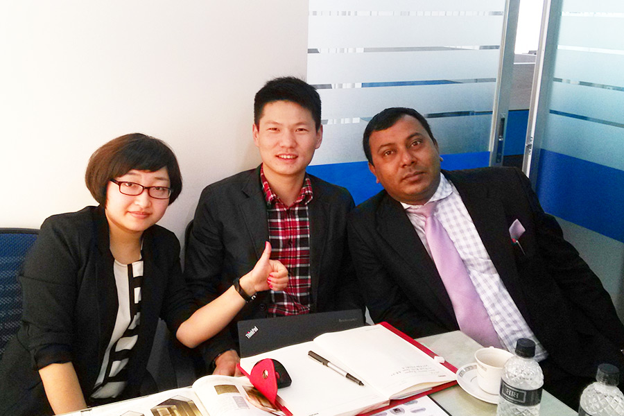 Meeting-giant-office-2-giantliftslimited