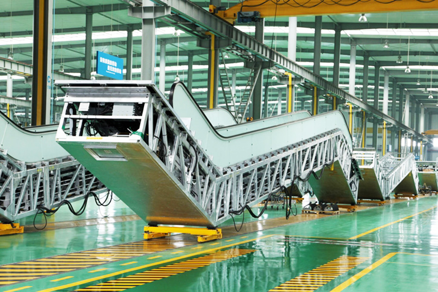 Metting-2public-escalator-production-line-giantliftslimited